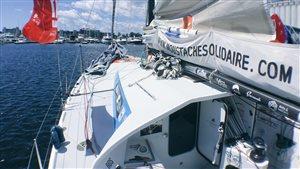 L'un des bateaux de la Transat Québec-Saint-Malo, le Cora-Moustache Solidaire.
