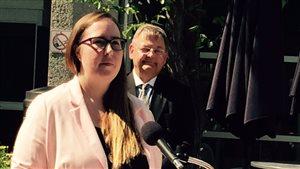 La ministre du Travail de l'Alberta, Christina Grey, a annoncé que le salaire minimum sera augmenté dès le 1er octobre 2016.