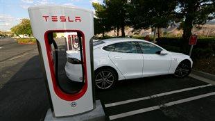 La voiture électrique Teslsa, Model S