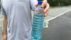 Laboratoire M2, responsable de l'eau bleue dans le ruisseau Lyon, reçoit un avis