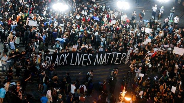 Indignation après la mort d'un Noir abattu par un policier