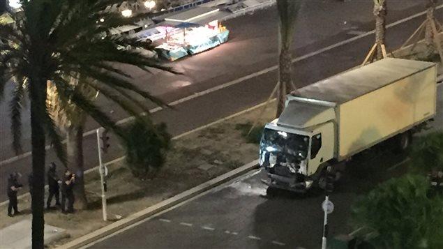 Le journal «Nice Matin» a diffusé une image qui montrerait le camion qui a foncé sur la foule à Nice, mercredi soir.