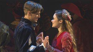 Philippe Thibault-Denis et Marianne Fortier dans la pièce « Roméo et Juliette »