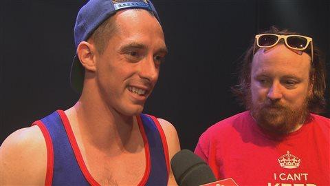 Jocelyn Lebeau et Tommy Lavallée, deux des comédiens dans la pièce «Géolocaliser l'amour»