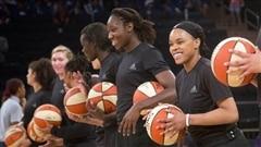 Hommage aux victimes de Dallas : des joueuses de la WNBA mises à l'amende