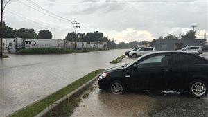 Des rues fermées après avoir été inondées en Beauce.