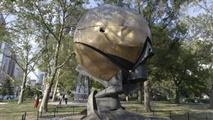 La sculpture <i>The Sphere</i> de retour sur le site du World Trade Center