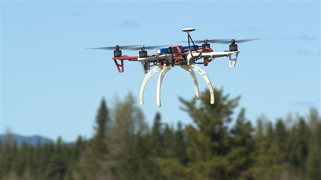 Un drone en plein vol