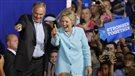 Hillary Clinton présente son colistier