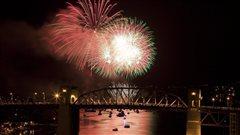 Le bal des feux d'artifice se prépare à Vancouver