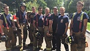 Les pompiers qui ont combattu le brasier à Shawinigan.