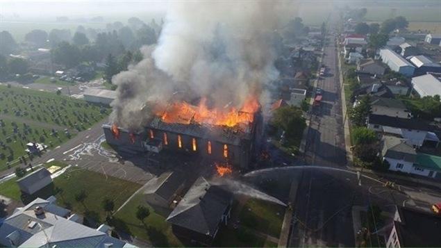 Incendie de l'Église de St-Isidore.