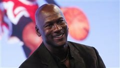 Michael Jordan donne 2 M$ pour bâtir des ponts entre la population et les policiers