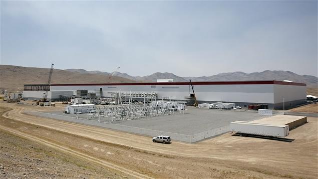 Une fois finie, l'usine aura une superficie d'environ 10 millions de pieds carrés, soit l'équivalent de 262 terrains de football américain.
