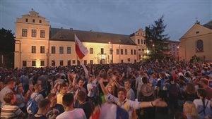 Des milliers de pèlerins assistent aux Journées mondiales de la jeunesse