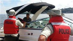 Campagne de la SQ sur les dangers de l'alcool en bateau