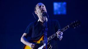 Le chanteur Thom Yorke pendant le spectacle de Radiohead à Lisbonne, le 8 juillet dernier.