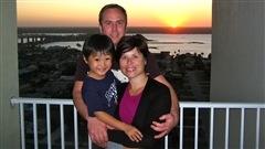Cinq questions que les parents d'enfants adoptés entendent tout le temps