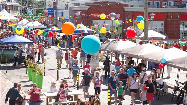 L'avenue Saint-Jérôme de Matane a pris un air de fête avec le Festin de rue.