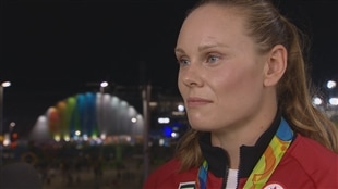 Rugby : Karen Paquin doit choisir son camp