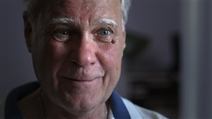 Martin Stone dans le documentaire « Histoire Hippie »