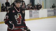 Une équipe de hockey mineur forcée d'abandonner le nom Blackhawks