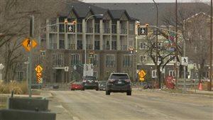 La route 75 traverse le quartier de Saint-Norbert, dans le sud de Winnipeg.
