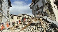 Un séisme de 6,2 fait au moins 37 morts dans le centre de l'Italie