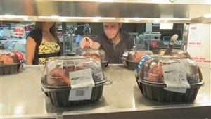 Les aliments préparés représentent un choix tentant pour les étudiants.