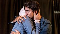 Gord Downie et Justin Trudeau, une photo marquante