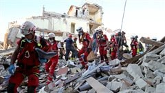 Le bilan des victimes du séisme en Italie grimpe à 247 morts