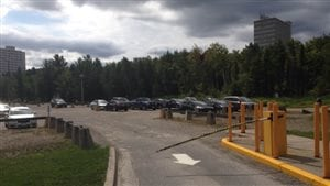 Le frais de stationnement général à l'Université Laurentienne vont augmenter de 2,7 %.