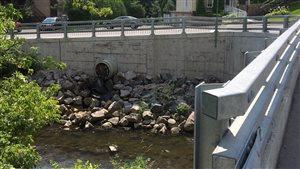 Des contaminants provenant du territoire de L'Ancienne-Lorette polluent la rivière Saint-Charles.