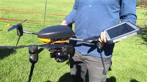 Un drone servant à la recherche sur la sécurité alimentaire entamée à l'Université de la Saskatchewan.