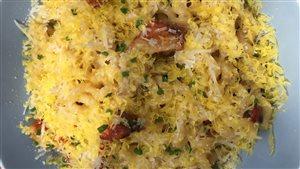 Carbonara aux champignons homards, au parmesan et au jaune d'œuf saumuré