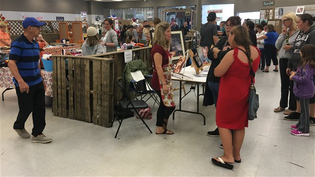 Un marché public dans un centre commercial à Atholville, au N.-B. - ICI.Radio-Canada.ca