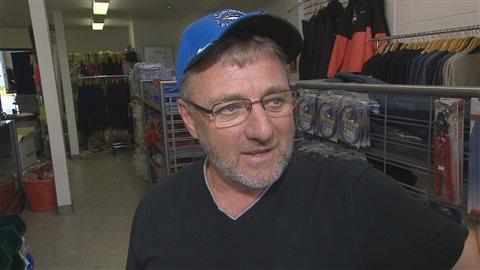 Marven Stoddard, pêcheur commercial à la palangre d'espadon depuis 40 ans.