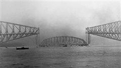 Les 100 ans de l'effondrement du pont de Québec