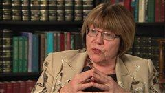Légalisation de la marijuana: des dépenses avant les profits, prévient Anne McLellan
