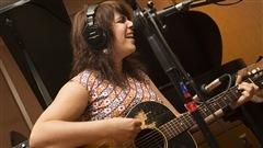 Lisa LeBlanc interprète deux nouvelles chansons