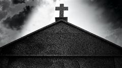 Aide médicale à mourir : des évêques interdisent l'accès aux funérailles religieuses