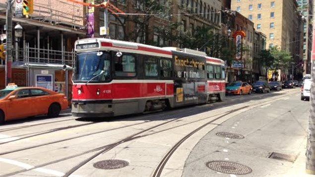 Un tramway au centre-ville