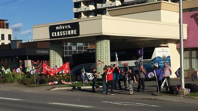 Les employés de l'Hôtel Classique sont en grève illimitée