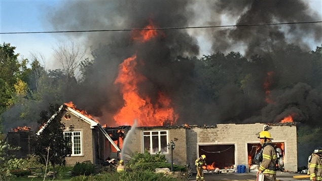 Une maison a été détruite par les flammes à Chelsea.