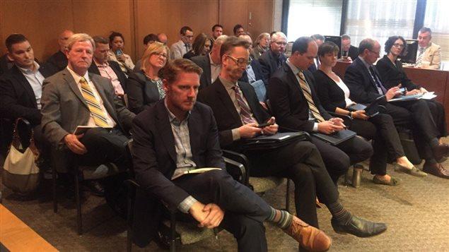 Des membres de plus de 13 délégations se sont présentés, mercredi, devant le comité exécutif de la Ville de Winnipeg pour critiquer le nouveau règlement proposé par le maire Brian Bowman.