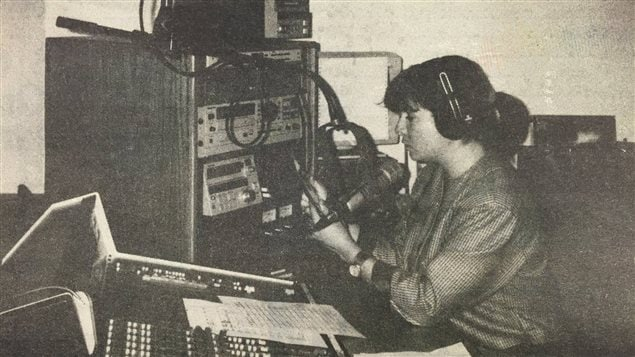 L'animatrice du 6 à 9 de Radio-Canada, Martine Bordeleau était la première directrice de la programmation de CKXL, maintenant Envol 91,1.