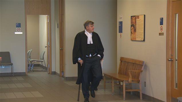 L'ex-premier ministre Lucien Bouchard a fait ses représentations jeudi matin en tant qu'avocat-conseil de la requérante.
