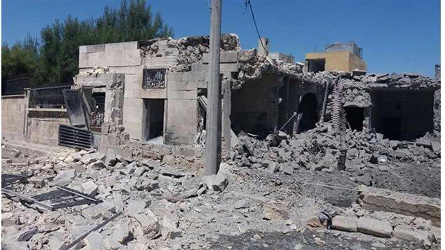 Cette clinique d'Alep en Syrie, financée par des Canadiens, a été la cible de bombardements qui l'ont complètement détruite.   PHOTO : UOSSM-CANADA