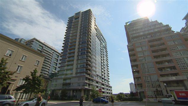 Le quartier Waterfront, qui longe le lac Ontario, compte près de 240 000 locations? via Airbnb depuis 2013.