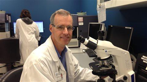 Denis-Claude Roy, médecin, chercheur et directeur scientifique du Centre de recherche de l'Hôpital Maisonneuve-Rosemont